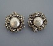 Vintage Miriam Haskell artificial pearl earrings dolanwright