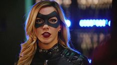 Flash Crossover, Arrow Black Canary, Dinah Laurel Lance, Defenders Marvel, Supergirl 2015, Dc Icons, Lance Black, Black Lightning, Katherine Mcnamara