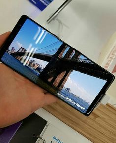 Samsung Galaxy note 8 smoked display