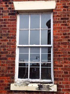 Rectangular sectioned window