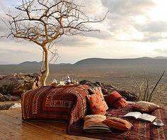 Top 5 luxury Kenya safari sundowner spots http://www.aluxurytravelblog.com/2013/07/23/top-5-luxury-kenya-safari-sundowner-spots/