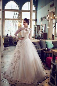 /Vestidos-De-Noiva-2015-New-Fashionable-Off-the-Shoulder-Vintage-Lace-Wedding-Dress-2015-Bridal gown