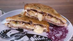 Clinton Kelly's Grilled  Brie  with Apples