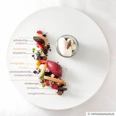 Im Le Faubourg kreiere ich fürs Restaurant immer wieder neue Speisen und Gerichte. So auch für den Valentinstag, der gerade bei Desserts beliebt ist.