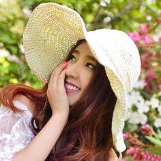 Fascinator flower floppy straw hat for women UV summer wear