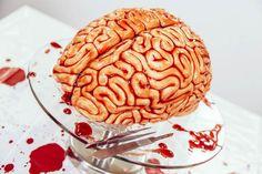 Walking Dead Cake – Un gâteau sanguinolent en forme de cerveau pour fêter Halloween