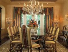 Old Palm Beach Style Dining