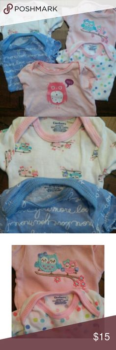 Lot of 5 Baby Girl Short Sleeve Bodysuits Gerber Set of five girl's short sleeved bodysuits. The top four are Gerber and the bottom one is Circo.  Excellent condition! Gerber One Pieces Bodysuits