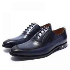 Wearing Stylish Mens Fashion Jackets - Top Fashion For Men Stylish Mens Fashion, Mens Fashion Shoes, Men S Shoes, Dress Fashion, Mens Dress Outfits, Men Dress, Oxford Shoes Outfit, Dress Shoes, Dress Clothes