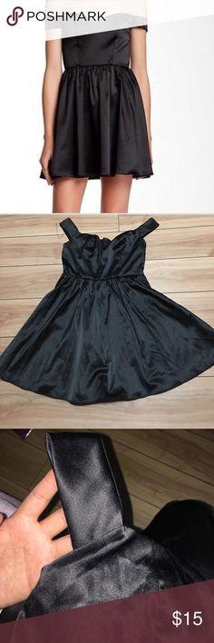 Socialite •Medium Dress Off shoulder fit and flare cocktail dress socialite Dresses Mini