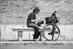 "Gaetano Di Somma (@gaetanodisomma) no Instagram: ""Bicycle #travel #traveling #like #likers #streetphotography #streets #streetstyle #street #cool…"""