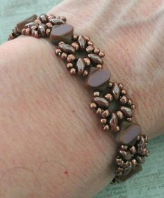 Linda's Crafty Inspirations: Bracelet of the Day: Sandra Silky - Mauve & Milk Chocolate