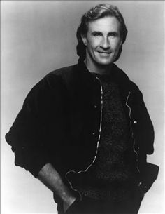 Bill Medley (The Gold) {I've Had} The Time Of My Life. I didn't know this tremendous voice was California grown!