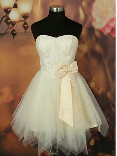 wow, so pretty  lace sweetheart neck bridesmaid dresses