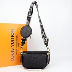 Louis Vuitton Multi Pochette Accessoires Genuine leather bagIt consists of three parts, two bags and one wallet. Large bag size: 24 x 13 cmSmall bag size: 18 x 9 cm Louis Vuitton Strap, Louis Vuitton Crossbody Bag, Louis Vuitton Handbags, Leather Design, Leather Bag, Wallet, Purses, Designers, Baby