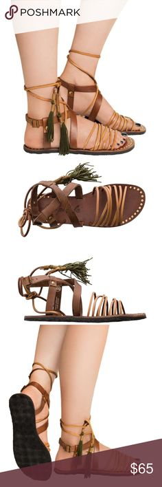 🍾3x Host pick🍾Free people Willow Sandal NWT Free People Willow sandal. Women's strappy sandal. Multi strap detail at the forefront. Adjustable ties at the ankle. Metal studs. Tassle accents. Genuine leather upper Free People Shoes Sandals
