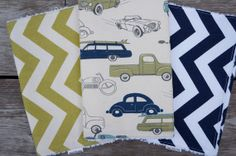 Baby Boy Burp Cloths - Set of 3 - Vintage Cars with Green and Navy Chevron - Chenille Burp Rags on Etsy, $22.28 CAD Vintage Car Decor, Vintage Car Nursery, Vintage Cars, Boy Baby Shower Themes, Baby Boy Shower, Baby Shower Gifts, Baby Baker, Burp Rags, Burp Cloth Set
