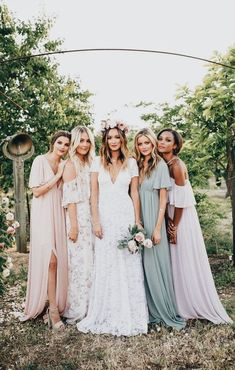 30 Chic Bohemian Wedding Theme Ideas is part of Bridesmaid dresses - Boho style fits perfectly for creative couples who want to avoid triviality on wedding! You're going to want to see these bohemian wedding theme ideas Mismatched Bridesmaid Dresses, Brides And Bridesmaids, Bridesmaid Color, Bridesmaid Dresses Mismatched Boho, Pastel Bridesmaid Dresses, Bridesmaids In Different Dresses, Bridesmaid Flower Crowns, Bridesmaid Dress Sleeves, Bridal Flower Crowns