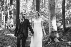 #photographie #photography #afterday #forêt #nature #famille #couple #newwork #pictureoftheday #manon #debeurme #photographe #photographer #nord #lille #professionnelle Manon, Couple, Wedding Dresses, Nature, Drill Bit, Photography, Bride Dresses, Bridal Gowns, Naturaleza