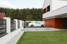 Zielona Góra - realizacje ogrodzeń — FENZ Gate Designs Modern, Modern Fence Design, Modern House Design, House Fence Design, Entrance Gates, Fence Panels, Outdoor Decor, Fence Ideas, Fencing