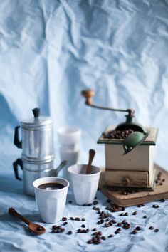 a creative collaboration between a photographer and a writer based on food photography and food writing Joe Coffee, Coffee Club, Coffee Spoon, Fresh Coffee, Coffee Latte, Coffee Break, Coffee Time, Drink Coffee, Coffee Photography