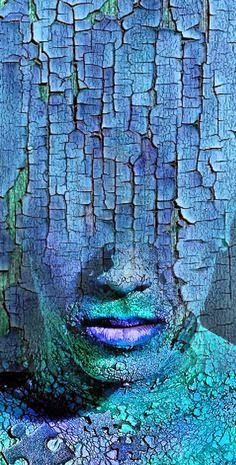 This painting shows really unique texture that makes you feel like you're seeing it in person. The cracks and the feeling of it shows immense texture whether you're looking close at it or even far away, that's how powerful the texture is. Art Plastique, Medium Art, Antonio Mora, Art Day, Shades Of Blue, Body Painting, Crackle Painting, Amazing Art, Awesome