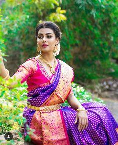 Silk Saree Kanchipuram, Organza Saree, Silk Sarees, Kanjivaram Sarees, Kerala Bride, South Indian Bride, Wedding Silk Saree, Bridal Sarees, Bridal Blouse Designs