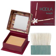 What it is:An award-winning matte bronzer.  What it does:Dust on Benefit's iconic hoola Matte Bronzer across the chin, cheeks, and forehead for a healthy, natural-looking tan year-round that flatters any skintone. Complete with soft, natural-bristl