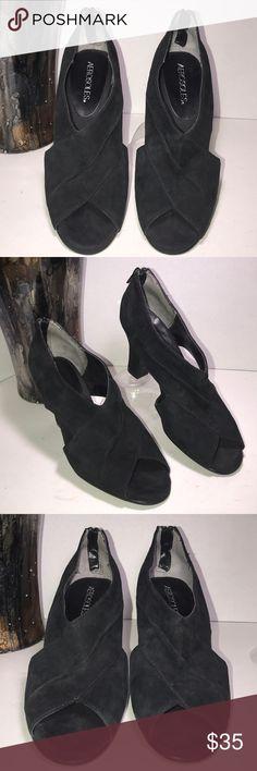 Official Website H&m Floral Slip On Shoes Platform Sole Barely Worn