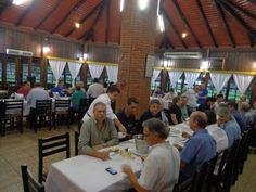 A reunião de companheirismo de novembro do Rotary Club de Timbó aconteceu no restaurante do Jardim Botânico de Timbó, sob o patrocíno da equipe formada por Adolfo Germer, Werner Paul, Jeter Reinert Sobrinho, Ronaldo Bachmann, e Hans Lorenz Jr (Hano).
