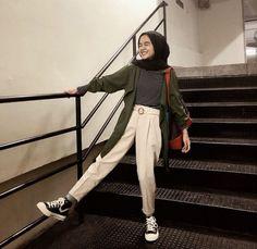 how to make outfits Hijab Fashion Summer, Modern Hijab Fashion, Street Hijab Fashion, Hijab Fashion Inspiration, Muslim Fashion, Abaya Fashion, Casual Hijab Outfit, Ootd Hijab, Cute Casual Outfits