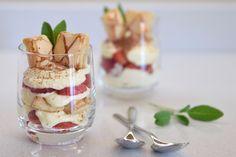 Coppa mascarpone, fragole e minisfoglie. La ricetta nel blog ;)