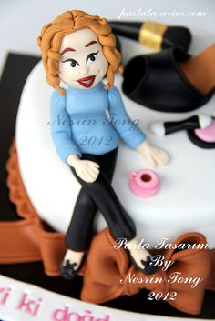 BIRTHDAY CAKE - SHOES AND MAKE UP by CAKE BY NESRİN TONG, via Flickr