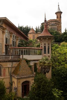 abandoned school in Spain. it looks like a fairy tale! / Unable to verify if Spain or wherever. This source appears to be the only pic; Old Abandoned Buildings, Abandoned Castles, Abandoned Mansions, Old Buildings, Abandoned Places, Architecture Old, Beautiful Architecture, Beautiful Buildings, Beautiful Places