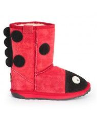 Cute boots from Emu Australia.  Warm and toasty and SOOO affordable