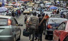 """Cameroun: diplômés et candidats à l'immigration, une """"génération sacrifiée"""" qui rêve d'Europe - 06/05/2015 - http://www.camerpost.com/cameroun-diplomes-et-candidats-a-limmigration-une-generation-sacrifiee-qui-reve-deurope-06052015/?utm_source=PN&utm_medium=CAMER+POST&utm_campaign=SNAP%2Bfrom%2BCamer+Post"""