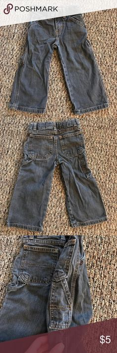 Gray jeans in a size 2T Gray jeans in a size 2T from Sonoma. The jeans have a snap and zipper front. Sonoma Bottoms Jeans