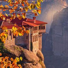 Meteora amazing scenery !!! . #meteora #greece