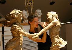 Angela Mia De la Vega | Figurative sculptor | Tutt'Art@ | Pittura * Scultura * Poesia * Musica |