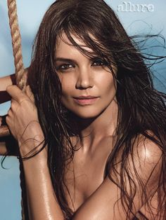 Katie Holmes looking sexy with her deep solid brunette color