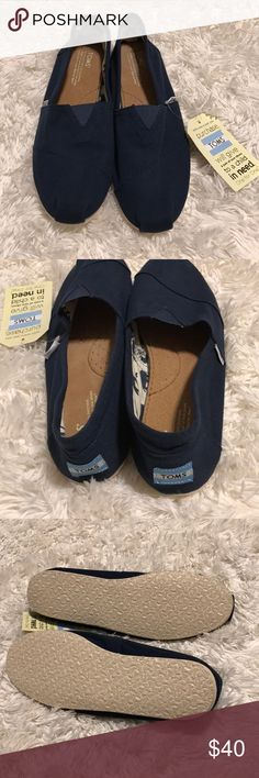 New men's TOMS size 10, navy New men's TOMS size 10, navy Shoes Loafers & Slip-Ons