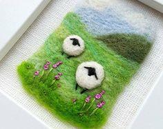 A feutré et mouton brodé à la main paysage miniature - oeuvre originale