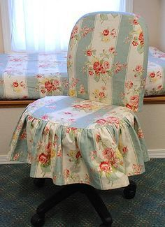 New shabby chic office chair decor Ideas Sewing Room Decor, My Sewing Room, Shabby Chic Office Chair, Office Chair Makeover, Slipcovers For Chairs, Chair Covers, Room Inspiration, Decoration, Upholstery