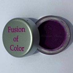 Fusion of Color Cosmetics Royalty shadow. For a full review of this shadow and more, see the Fusion of Color blog review at: http://beneath-beauty.livejournal.com/25060.html