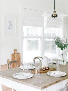 A Simple Tablescape