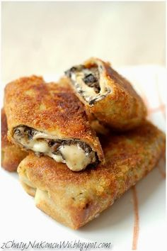 From the Cottages At The End Village: Polish Croquettes with mushrooms and cheese Ukrainian Recipes, Russian Recipes, Eastern European Recipes, Snacks Für Party, Polish Recipes, International Recipes, Love Food, Finger Food, Sandwiches