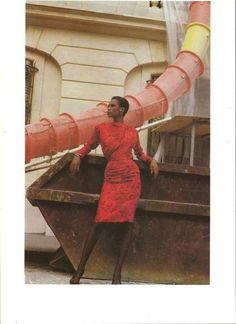 Helmut Newton for Yves Saint Laurent Couture - model Amalia Vairelli Christopher Niquet, Ysl Saint Laurent, Newton Photo, Simplicity Fashion, Best Shopping Sites, Helmut Newton, Vogue, Fashion Photography, Vintage Fashion