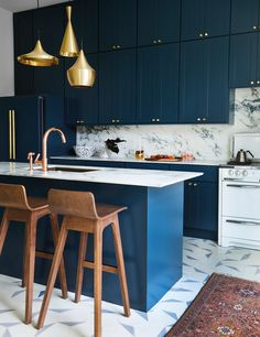 Hands Down: The 12 Best Blue Paint Colors for Kitchen Cabinets