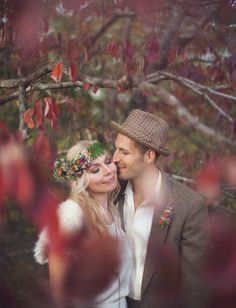 Oh red Autumn leaves - you make a magnificent frame for this lovely couple.