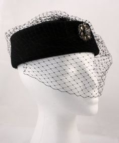 Amazon.com: Hey Viv ! Black Pill Box Hat w Veil and Rhinestone Clip: Clothing